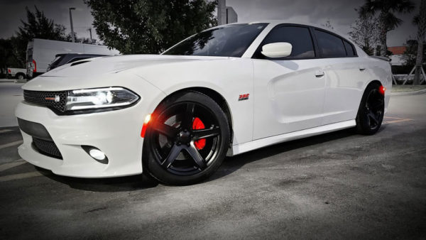 FSW Hellraiser HR2 Style - Front 22x9.5/Rear 22x10.5, 18mm/27mm Offsets White Dodge Charger